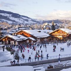 Pretty Megeve has a stunning ice rink to match - ©Simon Garnier