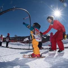 Le printemps, la saison idéale pour débuter en ski - ©OT de Risoul