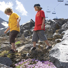 Hikers on Mt. Bachelor  - © Mt. Bachelor Resort