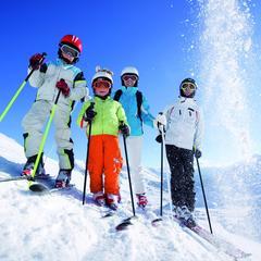 Jak nauczyć dziecko jazdy na nartach? - ©Kinderhotels Europa