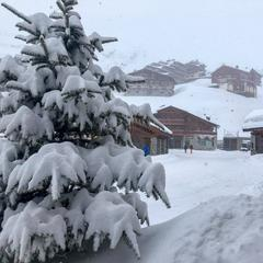 Eight of the best resorts for skiing in April - ©Val Thorens/Facebook