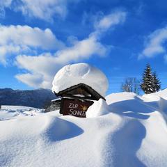 Infografika: Lyžiarske strediská s najväčším množstvom snehu v zime 2018/2019 - ©TVB Abtenau