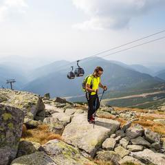 Turista pri hikingu v Jasnej - © TMR, a.s.