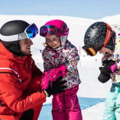 Les réponses aux questions les plus fréquemment posées à propos des cours de ski - © CheckYeti / Roland Haschka