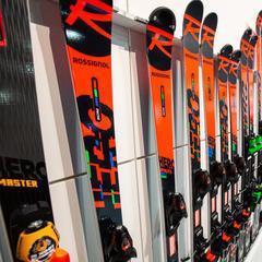 Immer noch sehr erfolgreich: Rossignol Hero Race-Ski - © Skiinfo