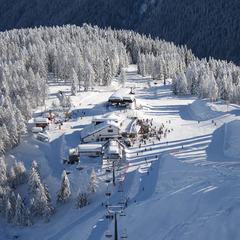 Neve di Primavera al Passo San Pellegrino - ©Consorzio turistico Belledolomiti