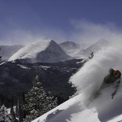Powder Turn in Vail, Colorado - ©Vail