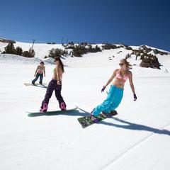 Frühlingsskifahren in Mammoth - © Mammoth Mountain Ski Resort