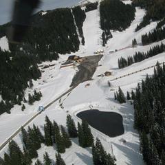 Altopiano di Asiago: si continua a sciare sul Verena fino a Maggio - ©Ski Area Monte Verena