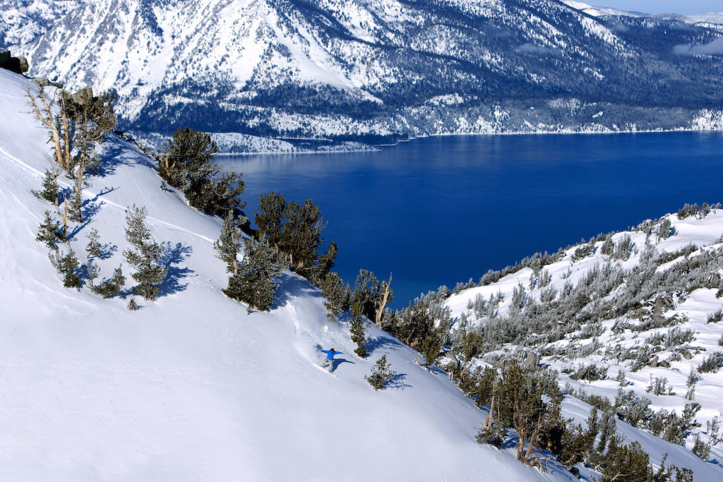 Heavenly CA heli_snowboarder_lake
